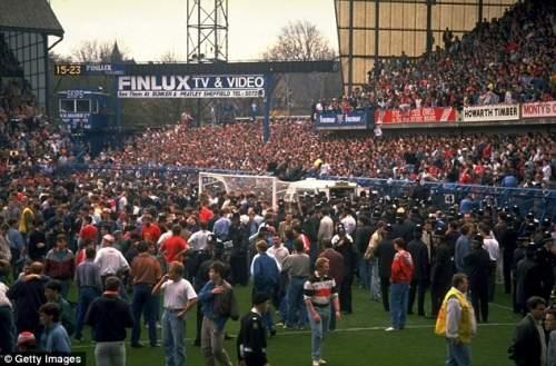 Темный день для футбола: Многие Merseysiders определенного возраста помнят, где они были на 15 апреля 1989