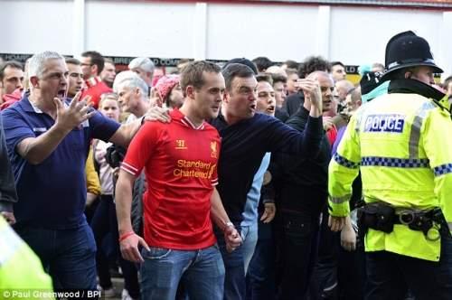Понижение: титул надежды Ливерпуля взял тяжелую вмятину, как красные были избиты на дому Челси