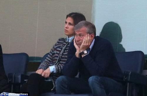 Угрюмый: Роман Абрамович в результате чего Моуринью обратно в клуб должен был быть рассвет новой эры